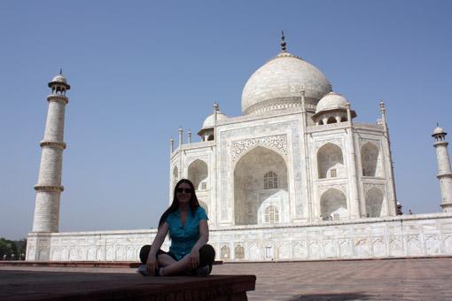 Au pied du Taj Mahal